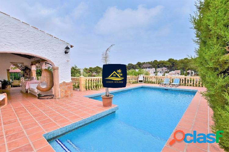 Villa Mediterránea cerca de la Playa en Javea · CAP MARTI