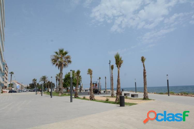 Piso en planta baja en Torrevieja zona Playa del Cura, 105