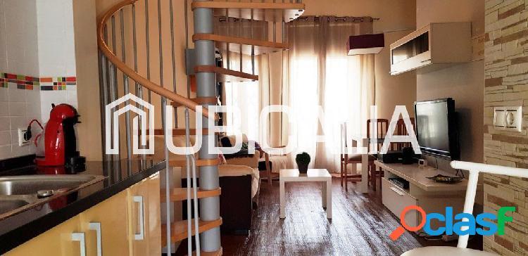 Alquiler de vivienda tipo loft con encanto en El Cabanyal