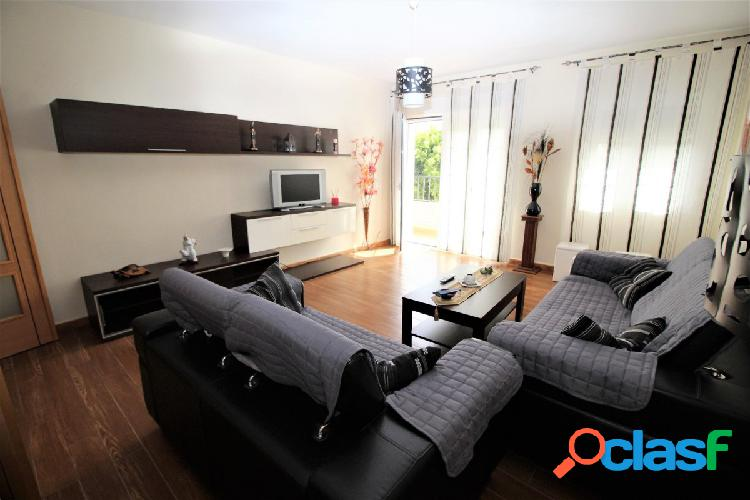 Amplio piso de 4 dormitorios en El Ejido