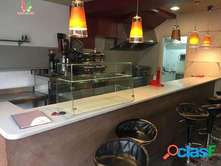 Fantástica Cafetería de mucho paso en zona de Mar