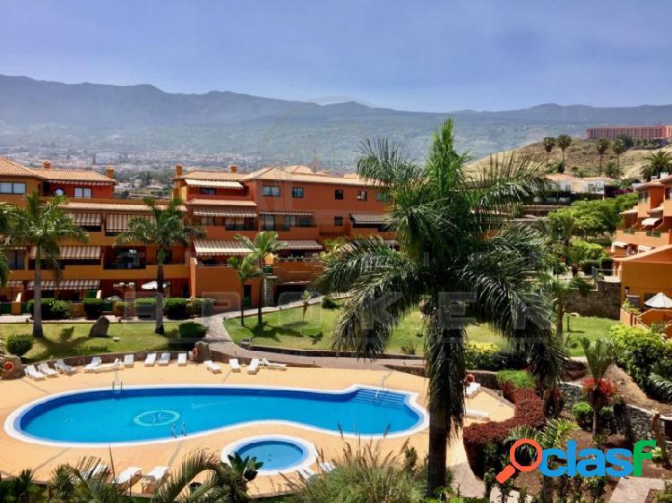Fantástico apartamento en residencial con piscina y