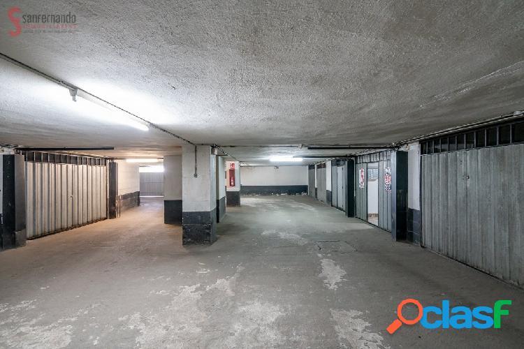 Garaje cerrado en venta en Paseo de General Davila por