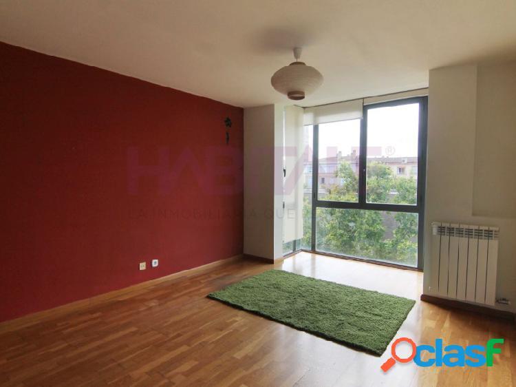 Magnifico piso en calle Coso, barrio de la magdalena. Con