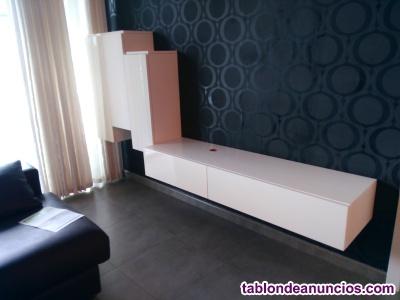 Mueble lacado blanco para comedor o sala de estar