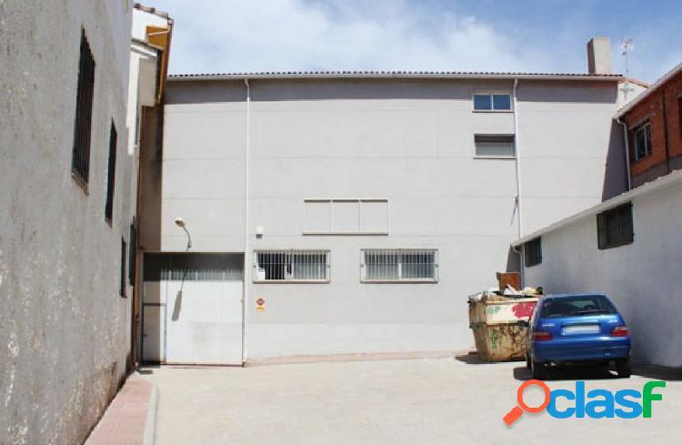 Nave Industrial en venta en Calle HUERTAS, Perales de