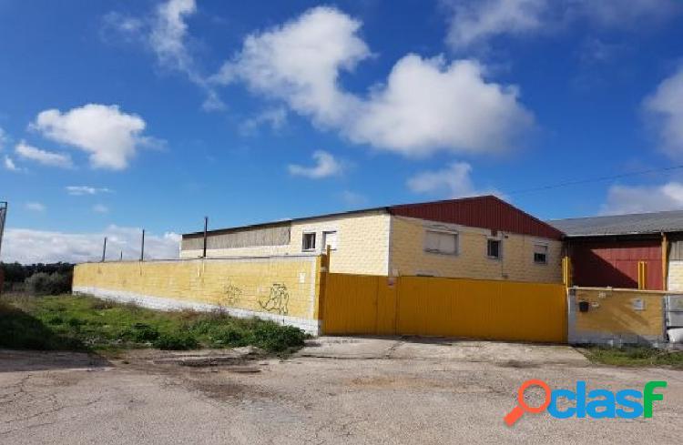 Nave Industrial en venta en Calle LOS LABAJOS, POLIGONO LOS