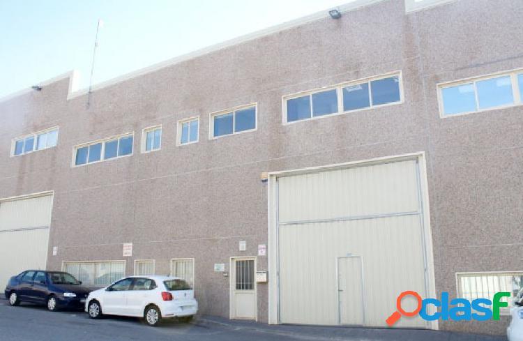 Nave Industrial en venta en Calle SEGURA, Mejorada del Campo