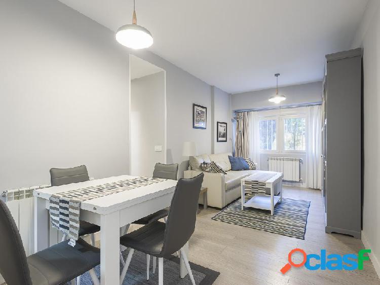 Piso en venta de 64 m² Calle Camarena, 28047 Madrid