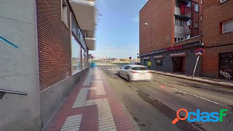 Piso en venta en Calle Cartago -, Madrid