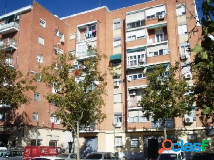 Piso en venta en Puente de Vallecas, Madrid, Madrid en Calle