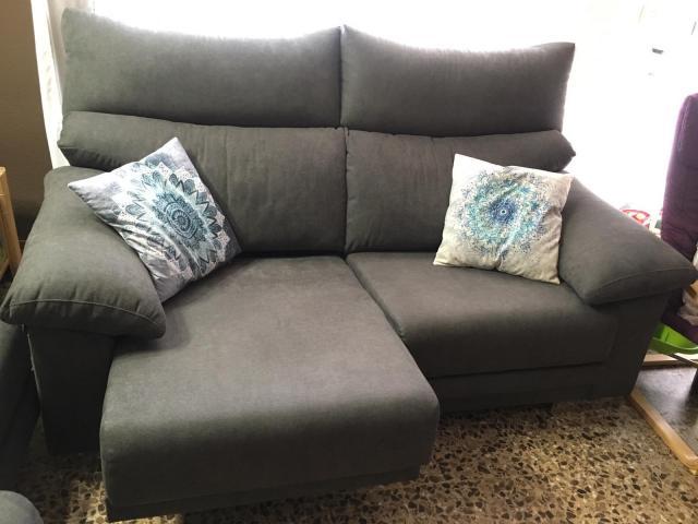 Sofas de 3 y 2 plazas nuenos