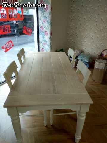 Mesa y cuatro sillas de laura ashley