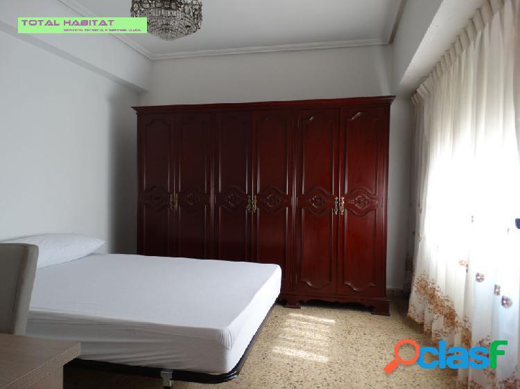 Ref: 00333 Se ALQUILA piso 3 hab + 2 baños PARA ESTUDIANTES