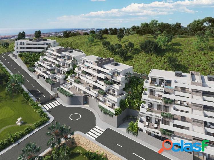 32 lujosas viviendas de 2 y 3 habitaciones en Mijas
