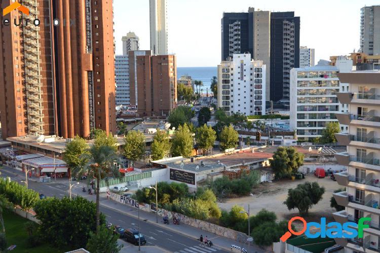Apartamento con vistas al mar en la playa de Levante