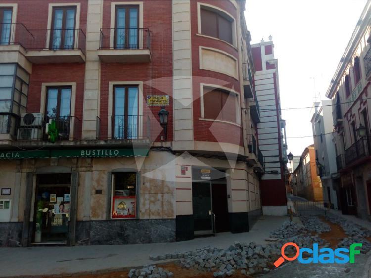 LOCAL COMERCIAL EN VENTA EN EL CASCO ANTIGUO