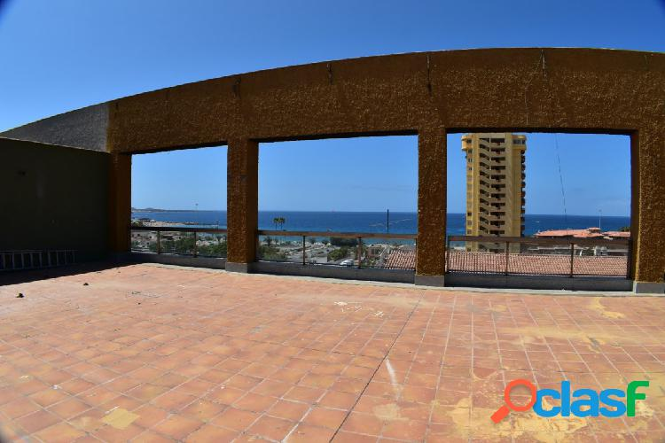 Local Espectacular, Terraza con más de 300 m2 con