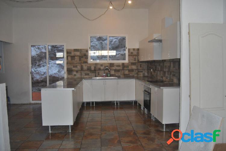 ¡Fantástica casa terrera ¡ situada en el municipio de La