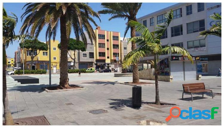 Local comercial el pleno centro de Vecindario. La propiedad