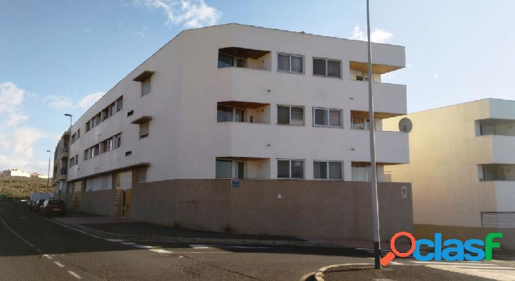 Piso de VPO situado en San Isidro – Granadilla, consta de
