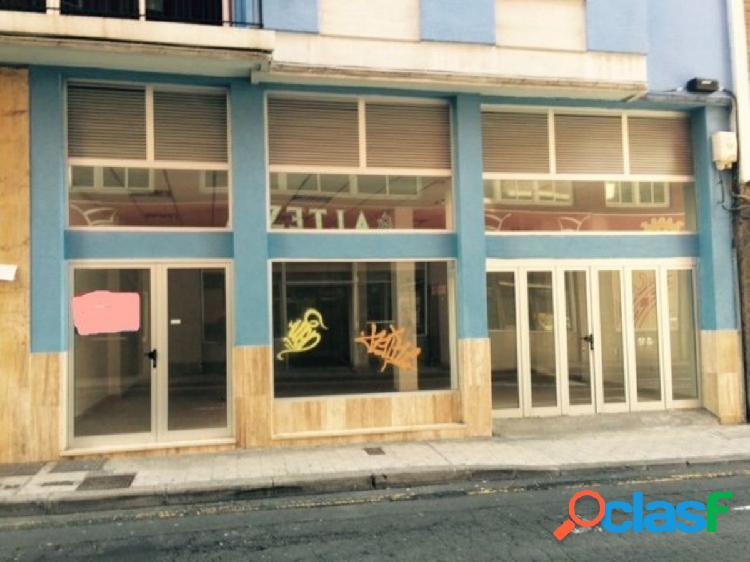 vende y se alquila local comercial en calle Alvarez de Lugo,