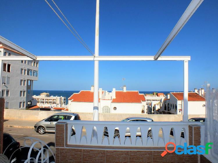 Duplex de 2 dormitorios con terraza piscina tenis parking