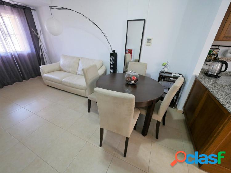 Se vende dúplex de tres dormitorios en La Mata