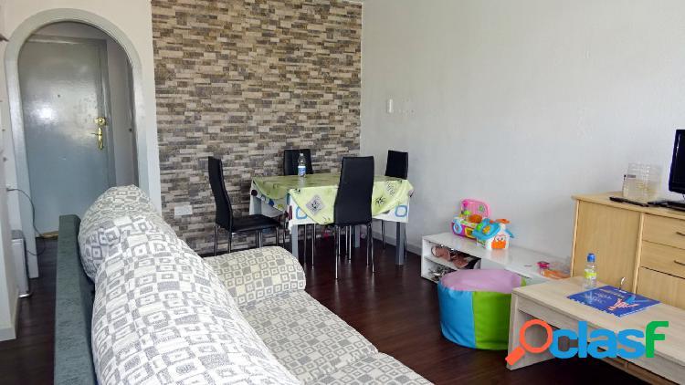 Bonito reformado apartamento con 2 dormitorios y plaza de