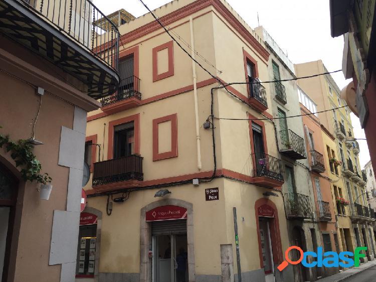 Local comercial, en alquiler, en el centro de Vilanova