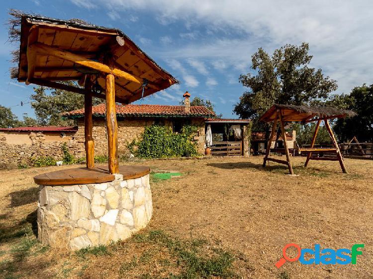 Casa de campo en venta de 92 m² y terreno de 70140 m²