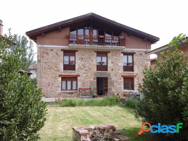 Casa de pueblo en Venta en Zalduondo Álava