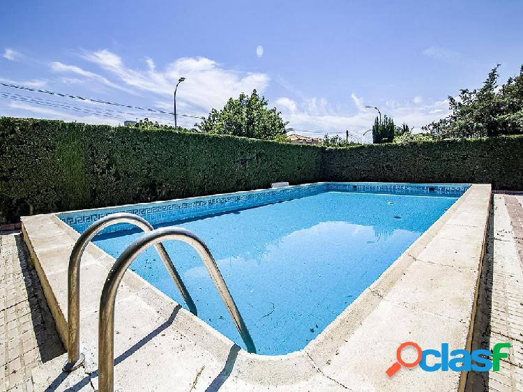 Chalet en venta de 200 m² en Calle Jaén, 23009 Jaén