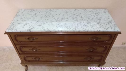 Mesillas y cómoda de madera y marmol