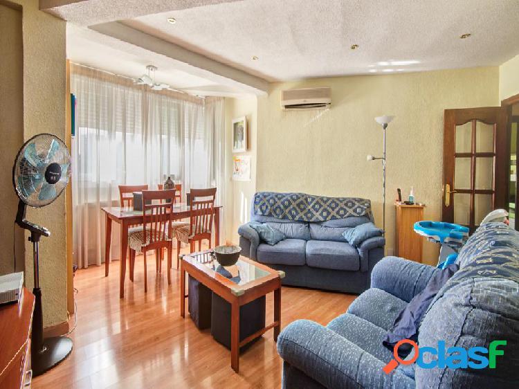 Piso en venta de 70 m² Calle Arroyo, 28029 Madrid