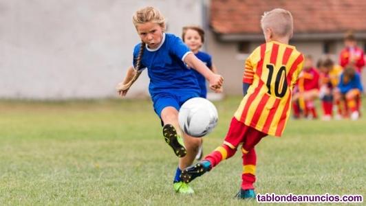 Se necesitan monitores de fútbol sala para extraescolares