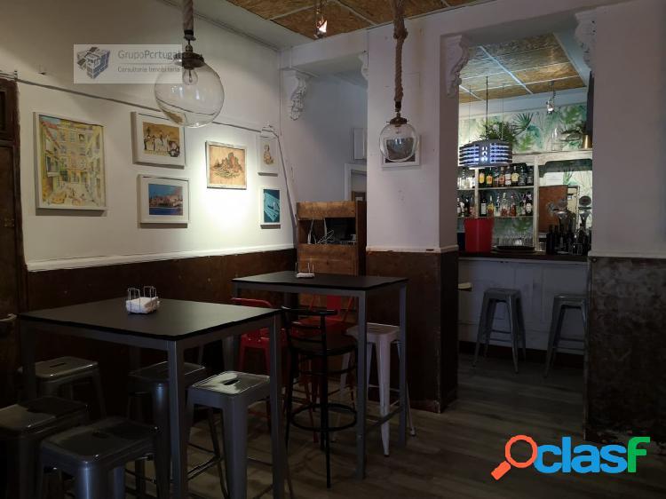Grupo Portugal ofrece en Traspaso Bar con Salida de Humos en