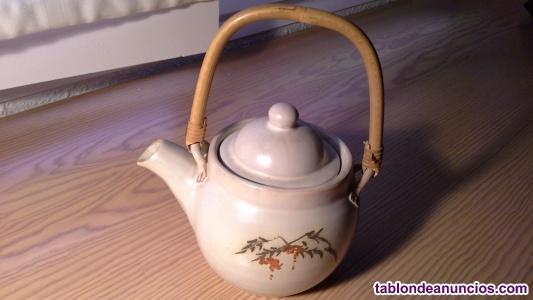 Tetera de ceramica (hecha a mano)