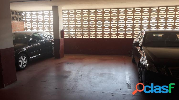 Alquiler de plaza de garaje en Menendez Pelayo