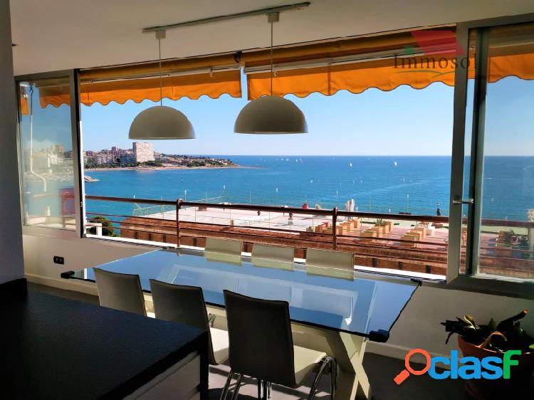 Apartamento en venta con vistas al mar
