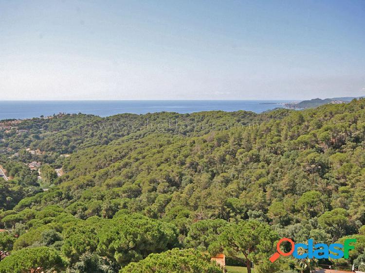 Casa ideal para 2 familias con impresionantes vistas al mar
