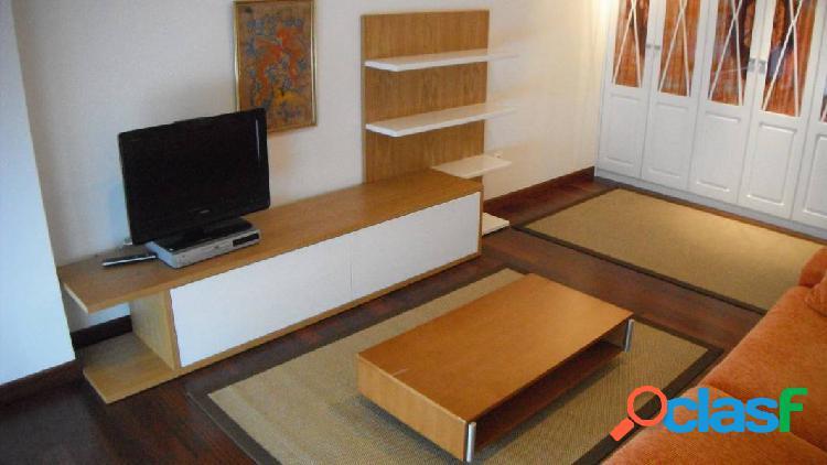 Piso de 2 habitaciones en Torrelavega.