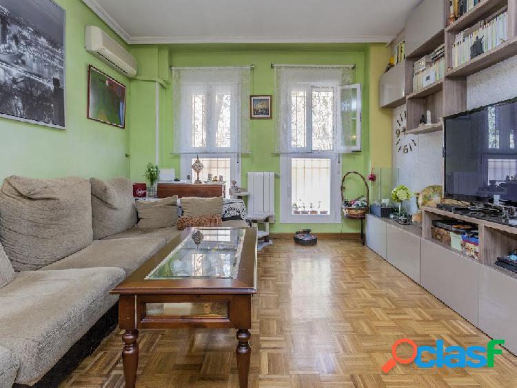 Piso en venta de 95 m² Calle Violetera, 28018 Madrid