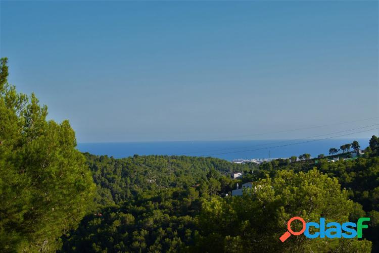 Bungalow con gran terraza y vistas al mar..a 15 minutos de