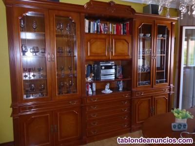 Mueble de salón (y regalo minicadena)