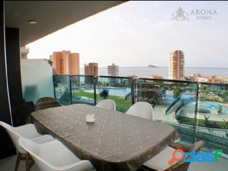 Espectacular apartamento con vistas al mar en complejo