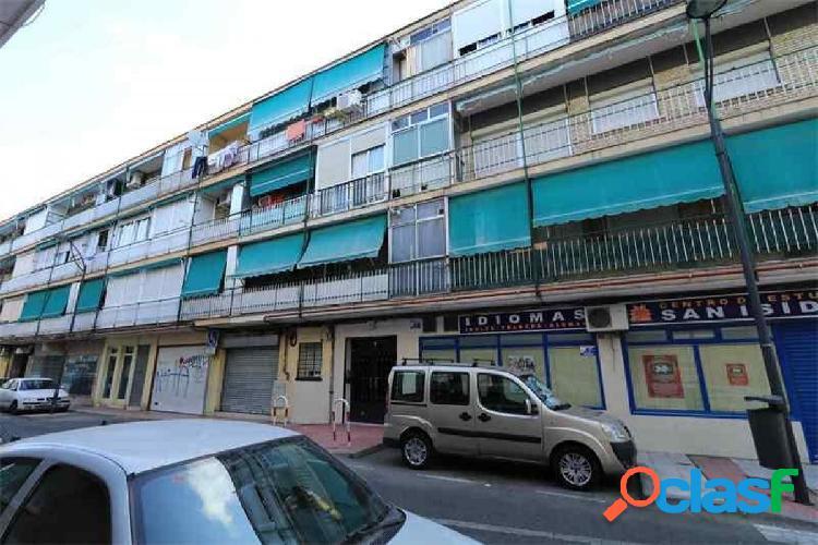 Piso en venta en calle Ruiz de Alarnes, zona de Alonso de