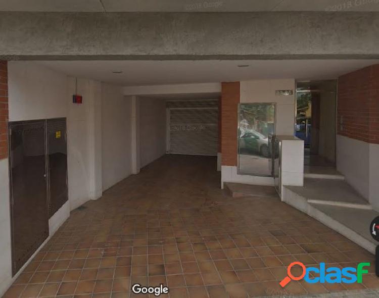 Plazas de parquing situadas en la calle Pep Ventura 33-35