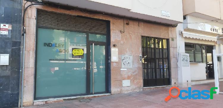 LOCAL COMERCIAL EN PLAZA DR. NUÑEZ, PRÓXIMO A LOS JUZGADOS