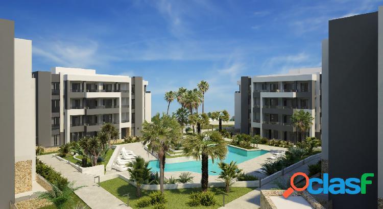 Residencial Privado con amplias Zonas Verdes, Piscina y